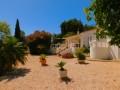 Vue de face du location Algarve avec piscine et pres du plage.