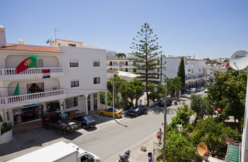 Appartement louer carvoeiro la cit baln aire for Louer yverdon appartement